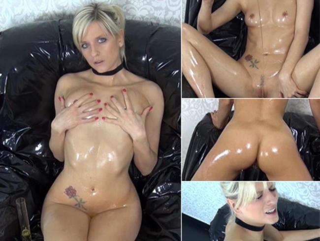 Anal im perversen Sessel! Öl-Dusche vs. SpermaLotion!